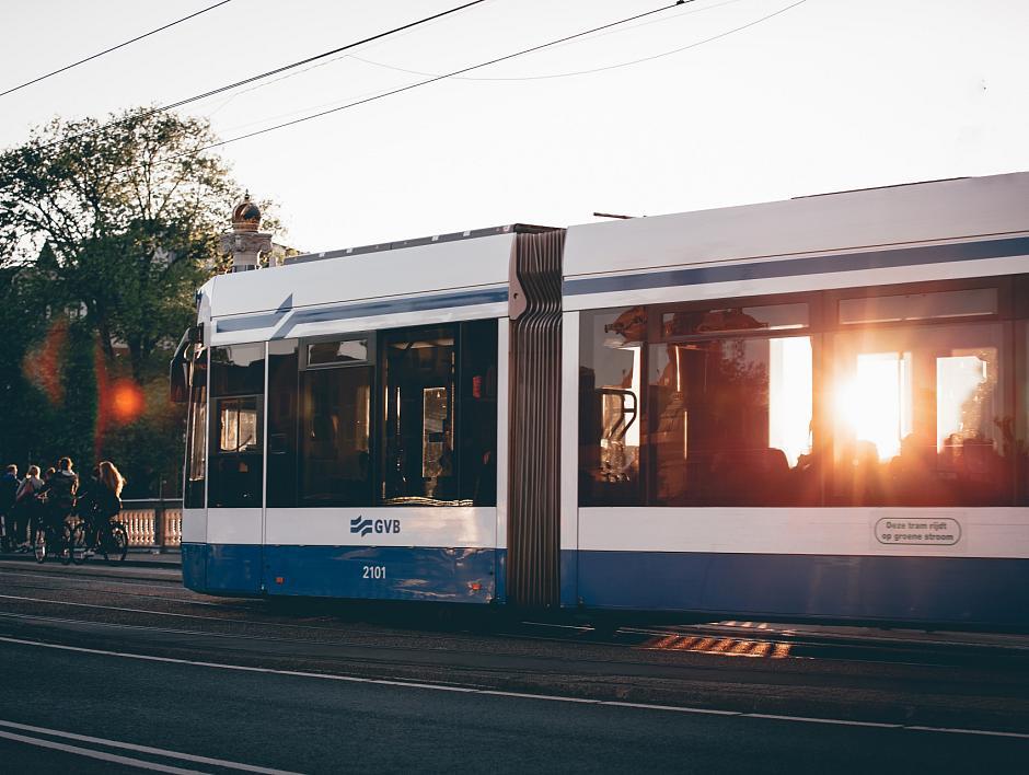 Dynamische spoortoewijzing tram Amsterdam CS