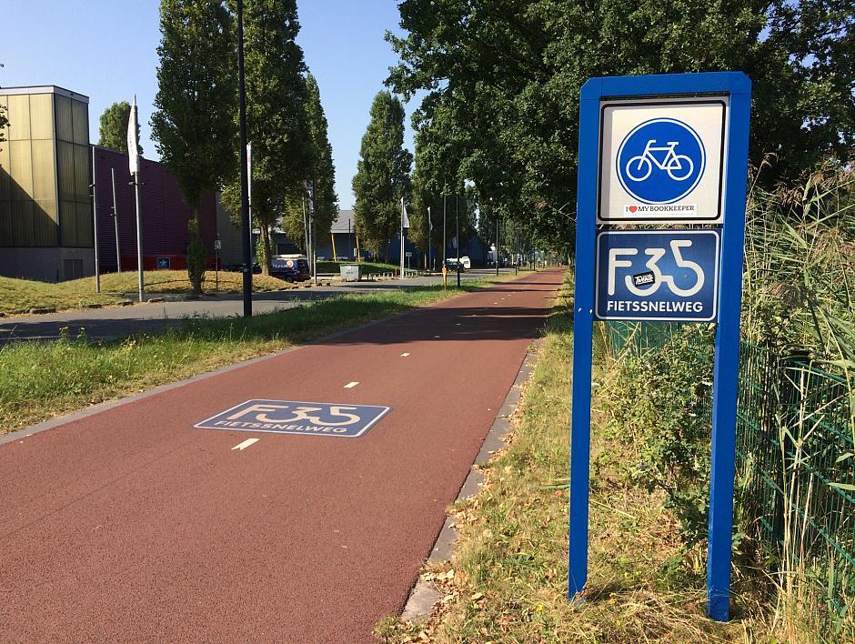 F35Fan Hengelo: Hengelo beloont fietsers!